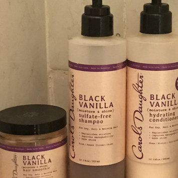 Photo of Carol's Daughter Black Vanilla Moisture & Shine Sulfate-free Shampoo For Dry Dull Or Brittle Hair uploaded by Zabata D.