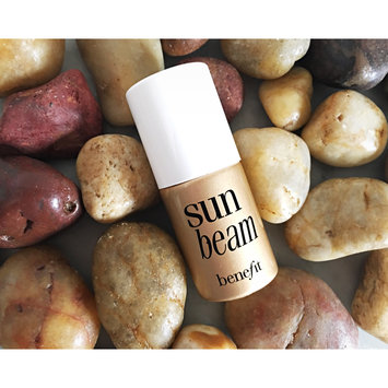 Photo of Benefit Cosmetics Sun Beam Highlighter uploaded by Yasmeen Y.