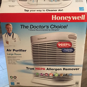 Photo of Honeywell True HEPA Allergen Remover HPA204 uploaded by Natalie C.