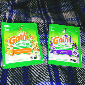 Photo of Gain® Botanicals™ Orange Blossom Vanilla Liquid Laundry Detergent uploaded by Shalonda G.