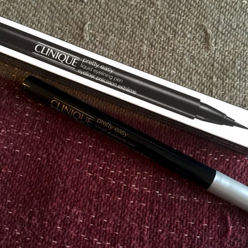 Photo of Clinique Pretty Easy™ Liquid Eyelining Pen uploaded by Wendy C.