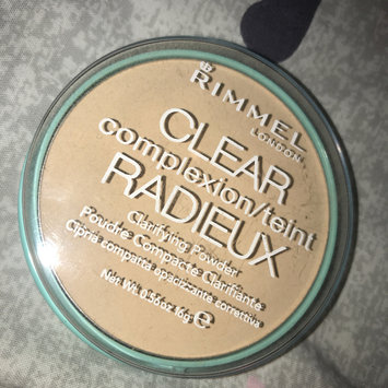 Photo of Rimmel London Clear Complexion Anti Shine Powder uploaded by Elle C.