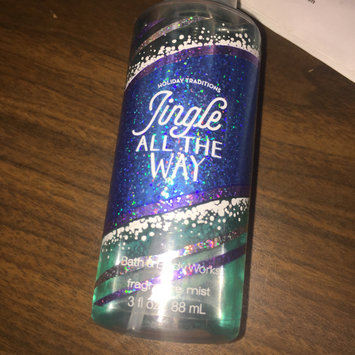 Photo of Bath & Body Works Jingle All The Way uploaded by Annie M.