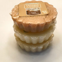 Yankee Candle Vanilla Cupcake Tarts Wax Melts, Food & Spice Scent [22 grams] uploaded by Amber M.