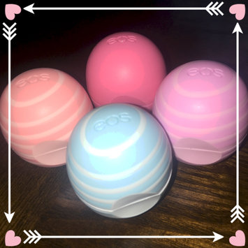 Photo of eos Multipack 6 Organic Smooth Sphere Lip Balms uploaded by Lucy L.