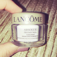 Lancôme Absolue Premium βx Day Cream Sunscreen Broad Spectrum SPF 15 Replenishing and Rejuvenating Moisturizer uploaded by Mary G.