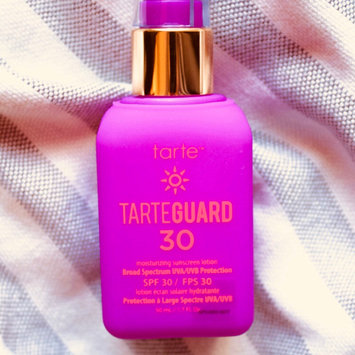 Photo of tarte tarteguard 30 sunscreen lotion Broad Spectrum SPF 30 uploaded by Jasmin G.