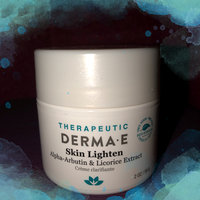 derma e Skin Lighten Natural Fade and Age Spot Creme Treatment uploaded by cc k.