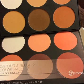 Photo of BH Cosmetics Contour and Blush Palette uploaded by Victoria A.