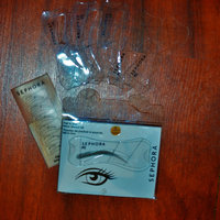 SEPHORA COLLECTION Fall in Line Brow Stencil Kit uploaded by Nka k.