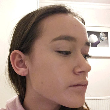 Photo of Benefit Cosmetics Hello Flawless Oxygen Wow! Liquid Foundation uploaded by Cerys R.