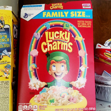 Photo of Lucky Charms Cereal uploaded by bodaciousbodiedbrown B.
