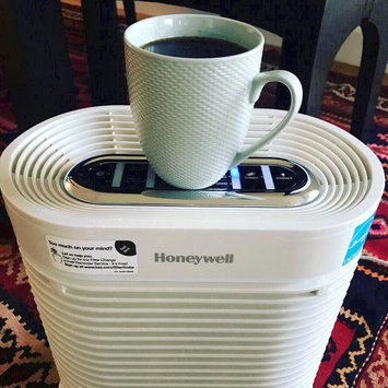 Photo of Honeywell True HEPA Allergen Remover HPA204 uploaded by Salma Z.