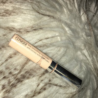 Clinique Line Smoothing Concealer uploaded by Leia J.