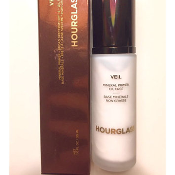 Photo of Hourglass Veil Mineral Primer SPF 15 uploaded by SABRINA B.