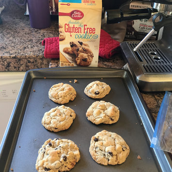 Photo of Betty Crocker™ Gluten Free Chocolate Chip Cookie Mix uploaded by Jan G.
