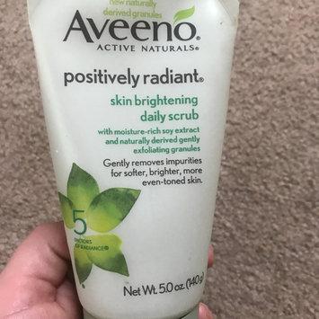 Photo of Aveeno Positively Radiant Skin Brightening Daily Scrub uploaded by Amanda R.