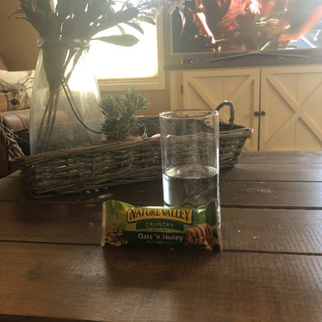 Photo of Nature Valley™ Oats 'n Honey Crunchy Granola Bars uploaded by Elisabeth K.