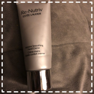 Photo of Estée Lauder Re-Nutriv Intensive Smoothing Hand Creme uploaded by Claudia E.