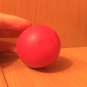 Photo of eos® Organic Smooth Sphere Lip Balm uploaded by Ana B.