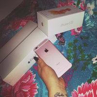 Apple Store uploaded by Roneta P.