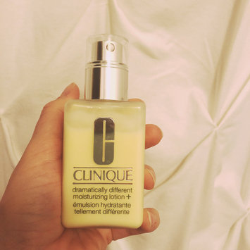 Photo of Clinique Dramatically Different™ Moisturizing Gel uploaded by Andrea F.
