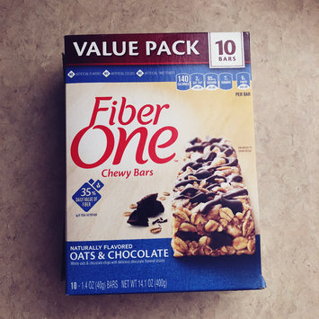 Photo of Fiber One Oats & Chocolate Chewy Bars uploaded by Andrea F.