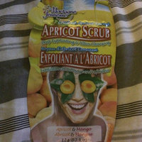 Montagne Jeunesse Crushed Apricot Kernel Apricot Scrub Deep Exfoliating & Ultra Cleansing Masque uploaded by Georgina C.