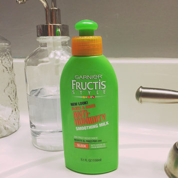 Photo of Garnier Fructis Style Anti-Humidity Smoothing Milk uploaded by Renata A.