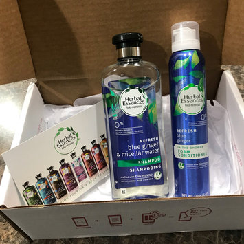 Photo of Herbal Essences Blue Ginger Foam Conditioner uploaded by Maria C.