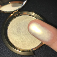BECCA Light Chaser Highlighter uploaded by Janeigne N.