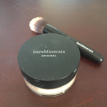 Photo of bareMinerals Original Loose Powder Foundation uploaded by Evelyn W.