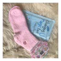 Earth Therapeutics Aloe Socks uploaded by Kristen F.