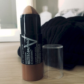 Photo of Maybelline Facestudio® Master Contour V-Shape Duo Stick uploaded by Eukarys M.