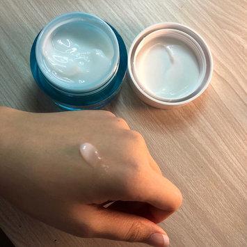 Photo of Neutrogena® Hydro Boost Gel-Cream Extra-Dry Skin uploaded by kelly c.