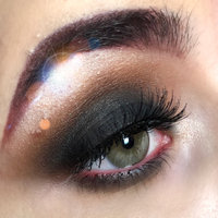 Morphe M332 Fluffy Crease uploaded by Amy J.