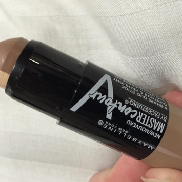 Photo of Maybelline Facestudio® Master Contour V-Shape Duo Stick uploaded by Rama A.