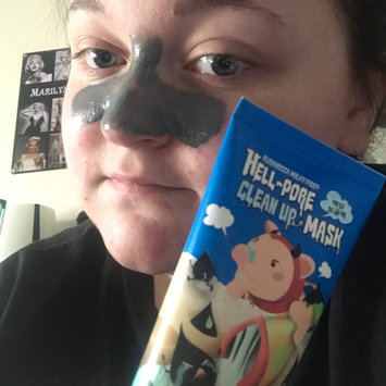 Photo of Elizavecca Hell-Pore Clean Up Mask uploaded by Erika E.