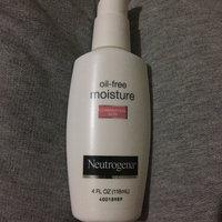 Neutrogena® Oil-Free Moisture Combination Skin uploaded by Monique F.