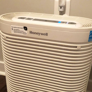 Photo of Honeywell True HEPA Allergen Remover HPA204 uploaded by Kristen H.