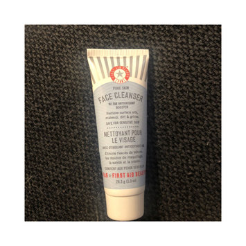 Photo of FAB First Aid Beauty Face Cleanser 28.3g uploaded by Holly S.