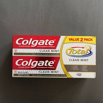 Photo of Colgate Total Clean Mint Toothpaste uploaded by Pragati L.