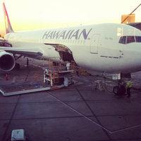 Hawaiian Airlines uploaded by Joey K.