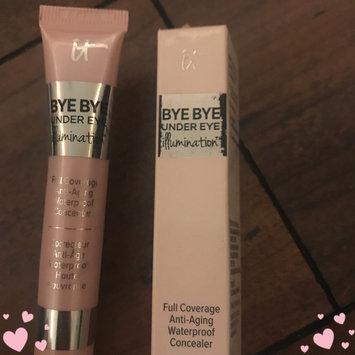 Photo of IT Cosmetics Bye Bye Under Eye Illumination Full Coverage Anti-Aging Waterproof Concealer uploaded by Katie D.