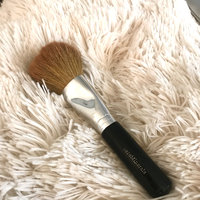 bareMinerals Full Flawless Face Brush uploaded by Beatriz J.