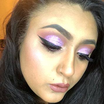 Photo of stila Glitter & Glow Highlighter uploaded by Marissa L.