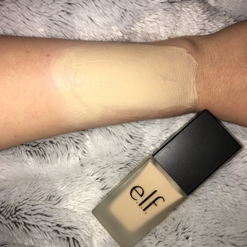 Photo of e.l.f. Flawless Finish Foundation uploaded by veezy G.