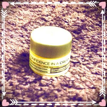 Photo of IT Cosmetics Confidence in a Cream Transforming Moisturizing Super Cream uploaded by Fatima S.