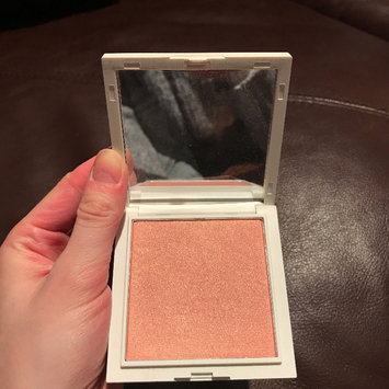 Photo of Jessica Liebeskind Illuminating Face Highlighter uploaded by Nicole R.