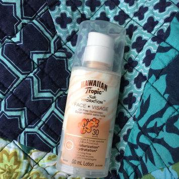 Photo of Hawaiian Tropic Silk Hydration Sunscreen Face Lotion with SPF 30 - 1. uploaded by Kimberley P.